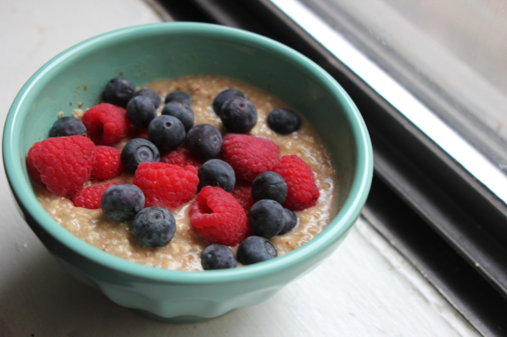 oatmeal & berries