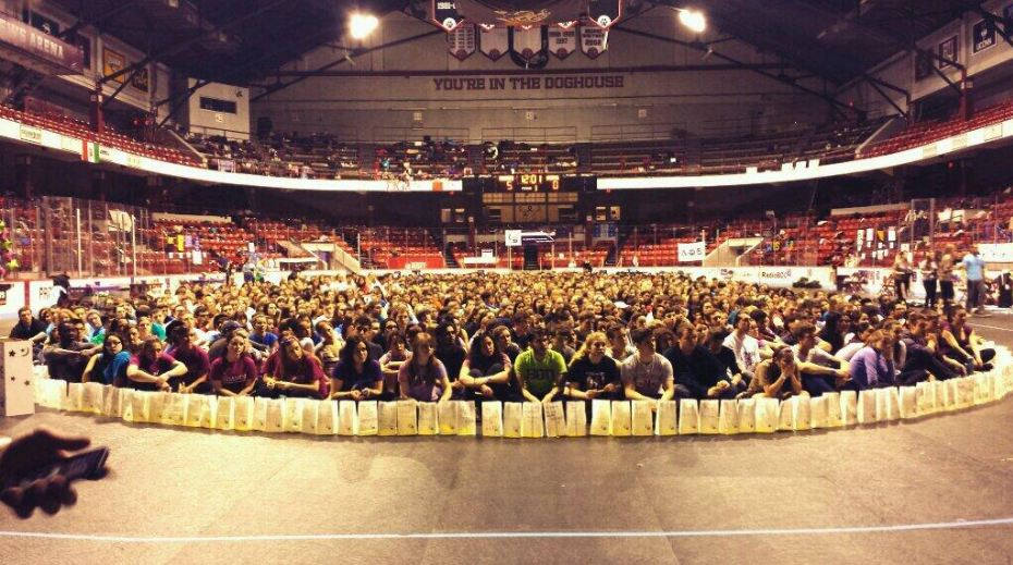 8 Reasons to Join Relay for Life at Northeastern
